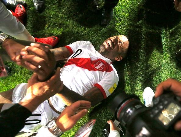 Peru vo oa hanh phuc sau 35 nam cho doi ve World Cup hinh anh 7