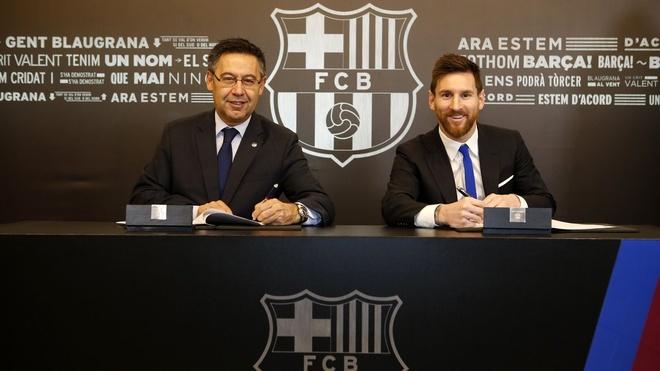 Messi chinh thuc ky gia han hop dong voi Barca hinh anh