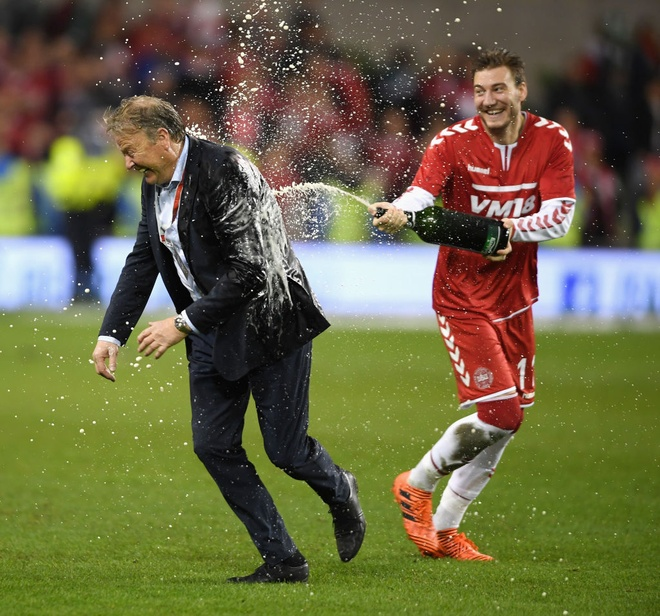'Chua te' Bendtner len ngoi vua pha luoi lan dau tien trong doi hinh anh 5