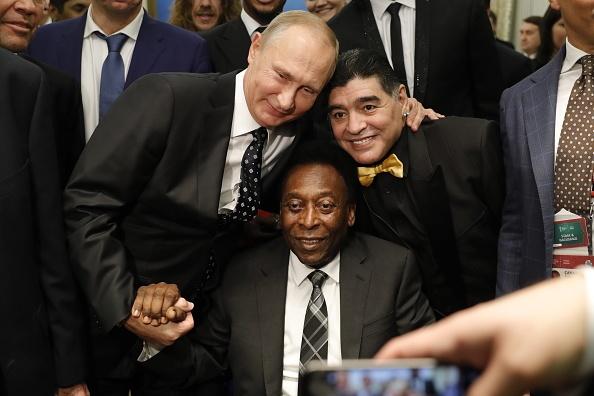Tong thong Putin chung kien Maradona hon tran Pele o le boc tham hinh anh 2