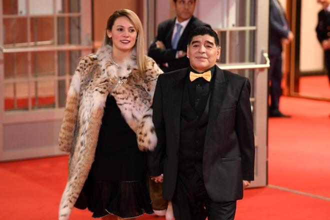 Tong thong Putin chung kien Maradona hon tran Pele o le boc tham hinh anh 6