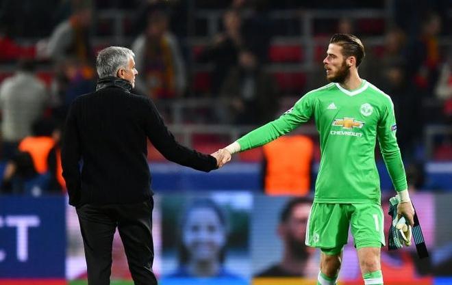 Mourinho: 'De Gea chi la thu mon hay thu ba the gioi' hinh anh 1