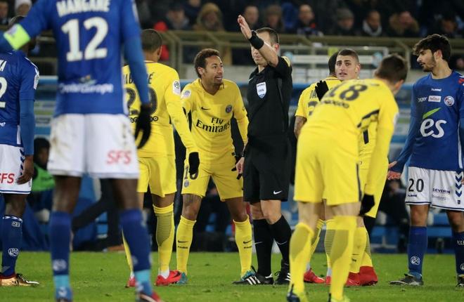 Doi thu doa chem chan Neymar sau tran thua cua PSG hinh anh 5