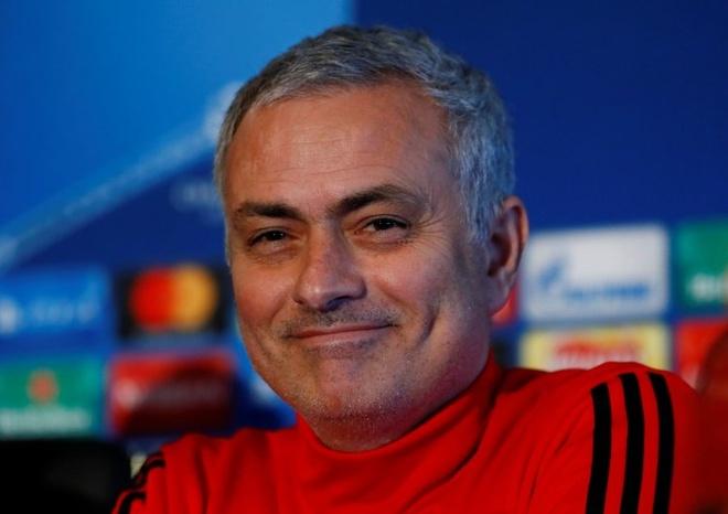 Mourinho: 'De Gea chi la thu mon hay thu ba the gioi' hinh anh 3