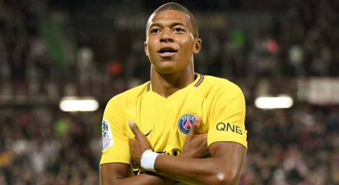 Hai ky luc Champions League vua duoc lap boi Mbappe va Barca hinh anh 2