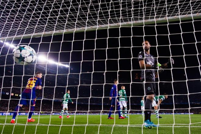 Hai ky luc Champions League vua duoc lap boi Mbappe va Barca hinh anh 5