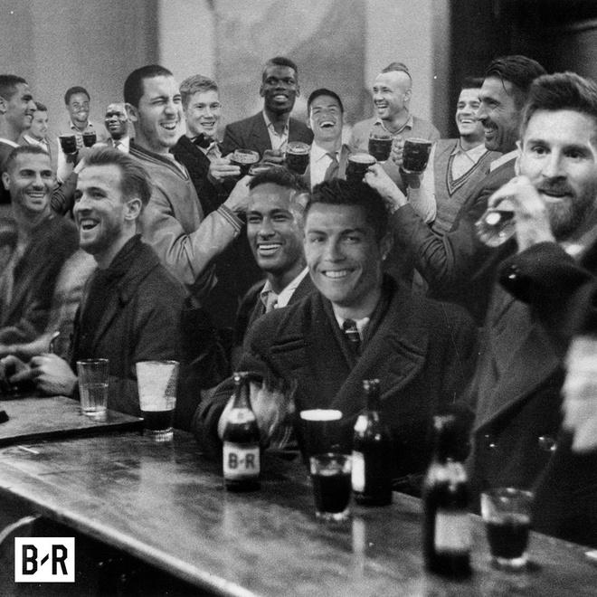 Biem hoa Wenger ngat xiu sau vong bang Champions League hinh anh 3