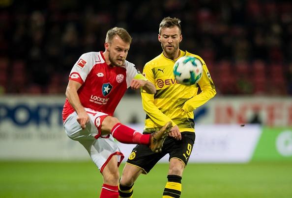 Dortmund cat chuoi 12 tran khong thang ngay sau sa thai HLV hinh anh 2