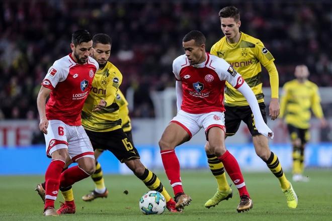 Dortmund cat chuoi 12 tran khong thang ngay sau sa thai HLV hinh anh 3