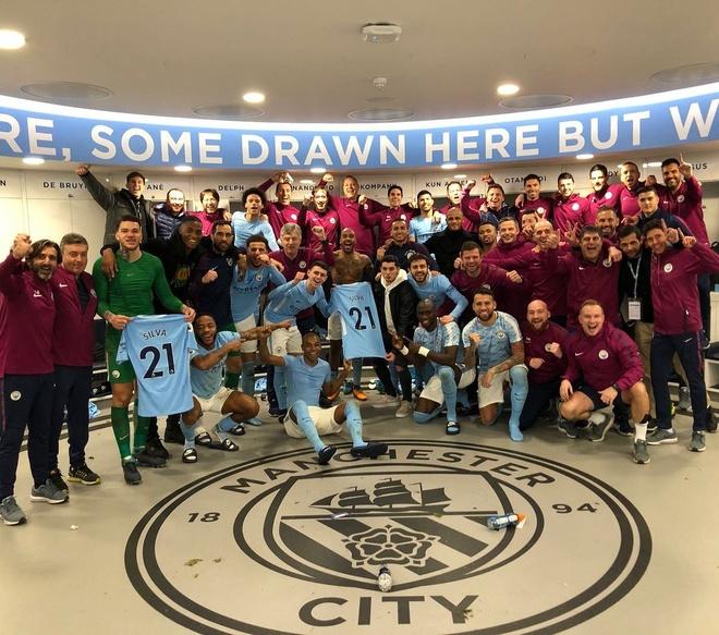 Cau thu Man City hat bai gieu nhai Man Utd hinh anh 1