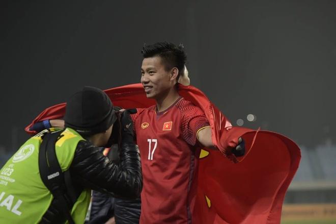 NHM Dong Nam A dong long ung ho U23 Viet Nam vo dich hinh anh