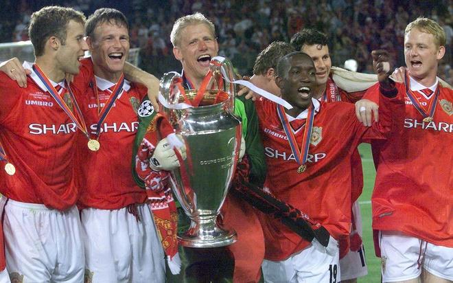 Huyen thoai Arsenal: 'MU nam 1999 se danh bai Man City nam nay' hinh anh