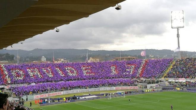 Ca doi Fiorentina guc khoc sau tran dau vang doi truong hinh anh 5