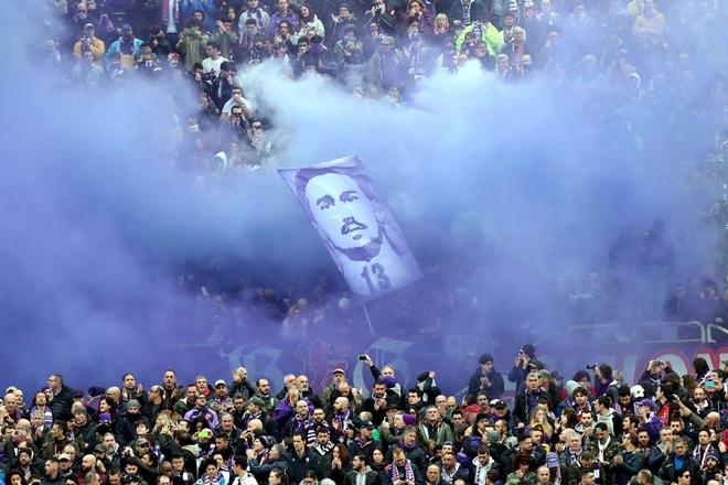 Ca doi Fiorentina guc khoc sau tran dau vang doi truong hinh anh 6