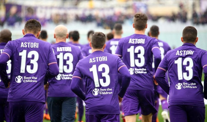 Ca doi Fiorentina guc khoc sau tran dau vang doi truong hinh anh 8