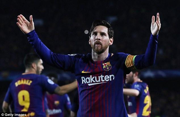 Messi: 'Toi co gang bot ich ky va giup moi dong doi choi tot' hinh anh