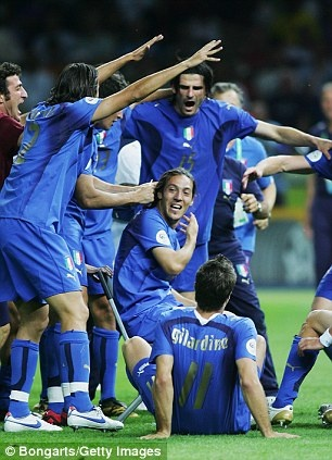 Tai sao Messi khong chon doi tuyen Italy? hinh anh 2