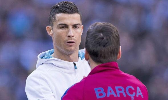 Cuu tien ve Barca: 'Messi lam thu linh kem hon Ronaldo' hinh anh 3