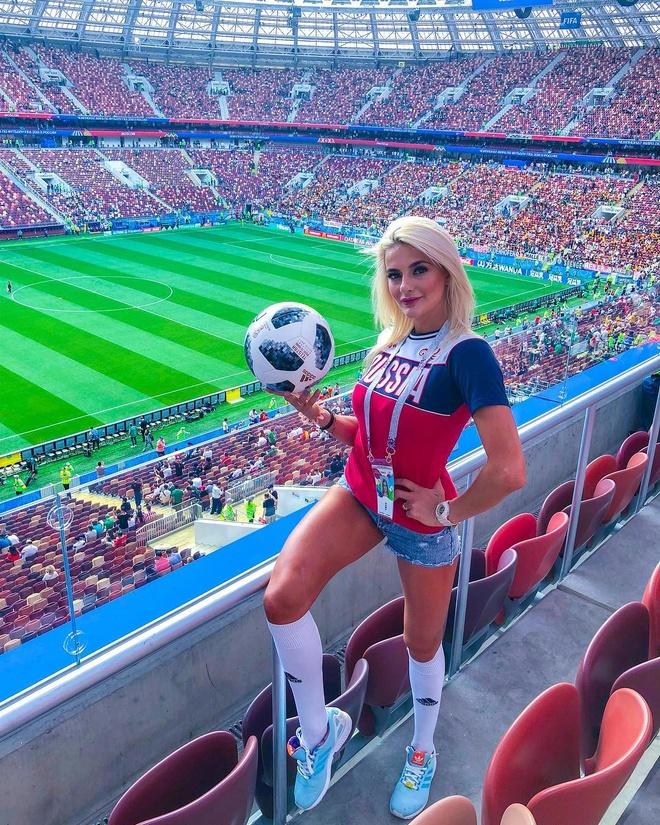 World Cup 2018 la cuoc dua cua loat CDV xinh dep va nong bong hinh anh 17