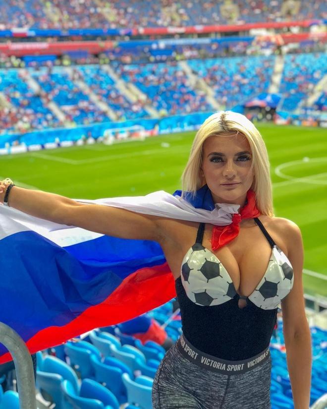 World Cup 2018 la cuoc dua cua loat CDV xinh dep va nong bong hinh anh 18
