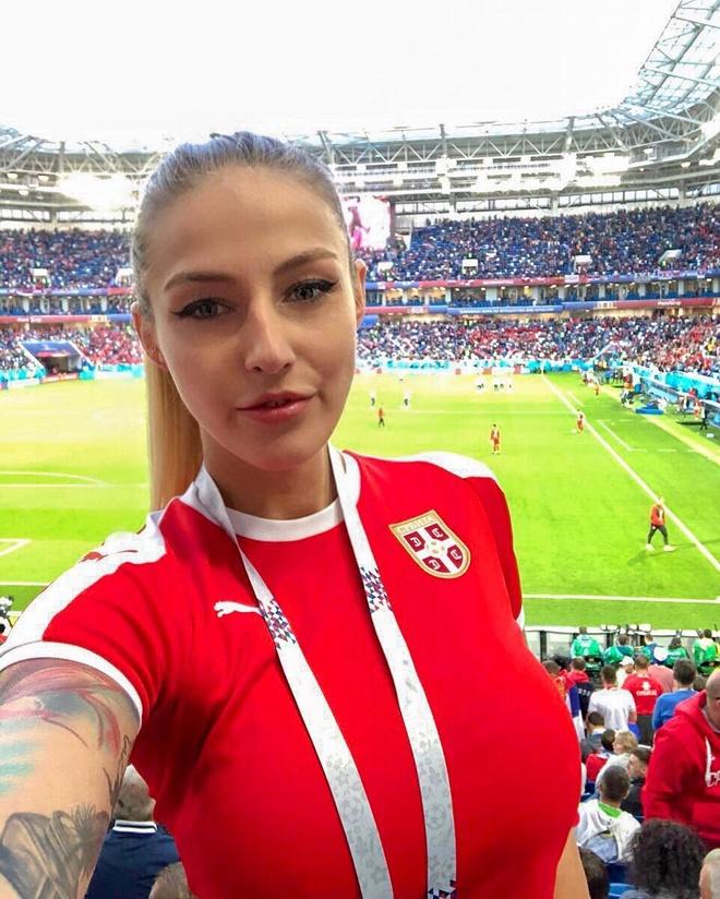 World Cup 2018 la cuoc dua cua loat CDV xinh dep va nong bong hinh anh 14