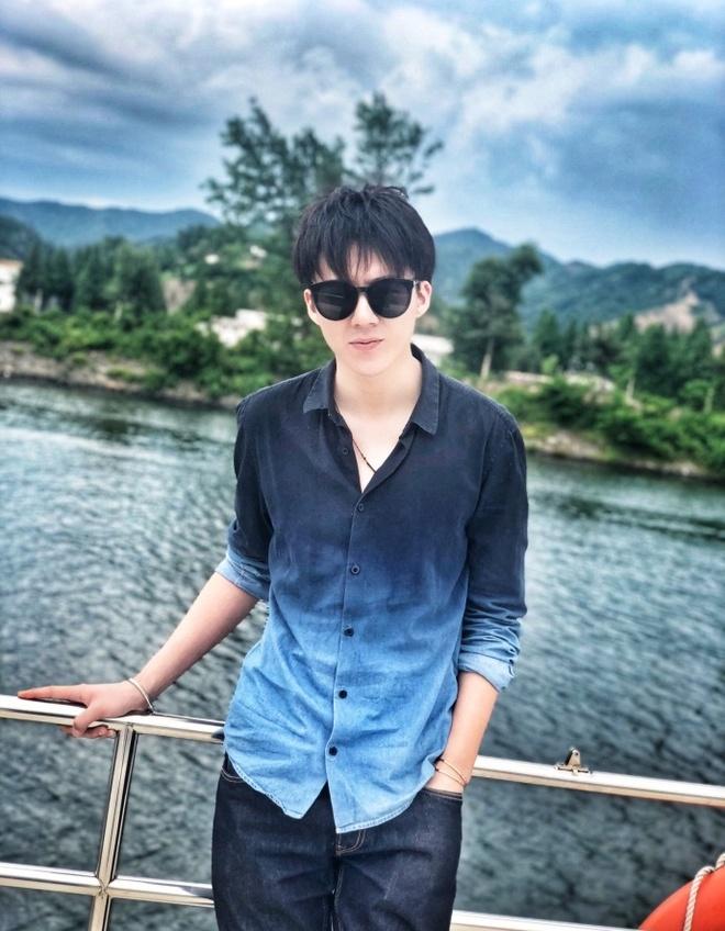 Hot boy hat hay cao 1,87 m tro thanh ngoi sao mang tai Trung Quoc hinh anh 11