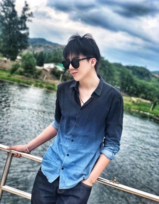 Hot boy hat hay cao 1,87 m tro thanh ngoi sao mang tai Trung Quoc hinh anh 12