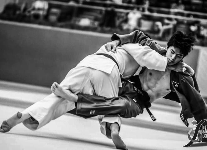 Hot boy Judo Hong Kong cao 1,83 m, than hinh 6 mui hinh anh 1