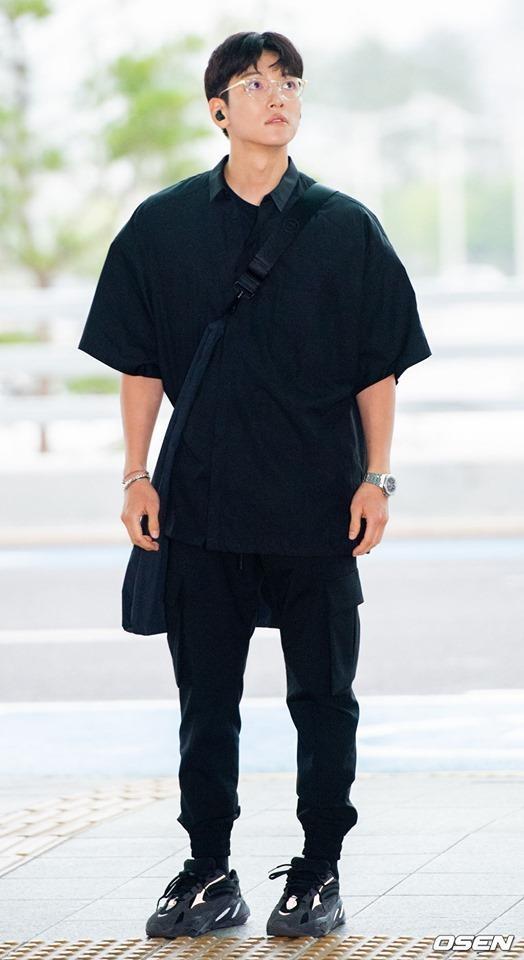 thoi trang san bay cua Ji Chang Wook anh 1