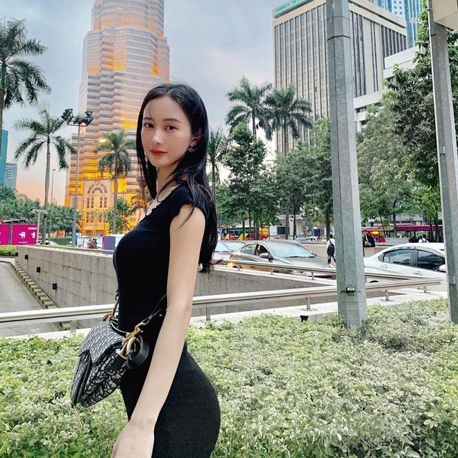 Chi Pu tuan qua sexy, Quynh Anh Shyn, Chau Bui 'dung hang' tui Gucci hinh anh 5
