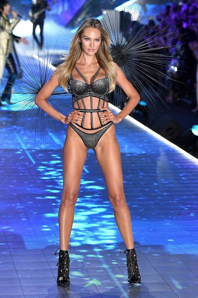 10 thien than noi y nong bong nhat trong lich su Victoria's Secret hinh anh 7
