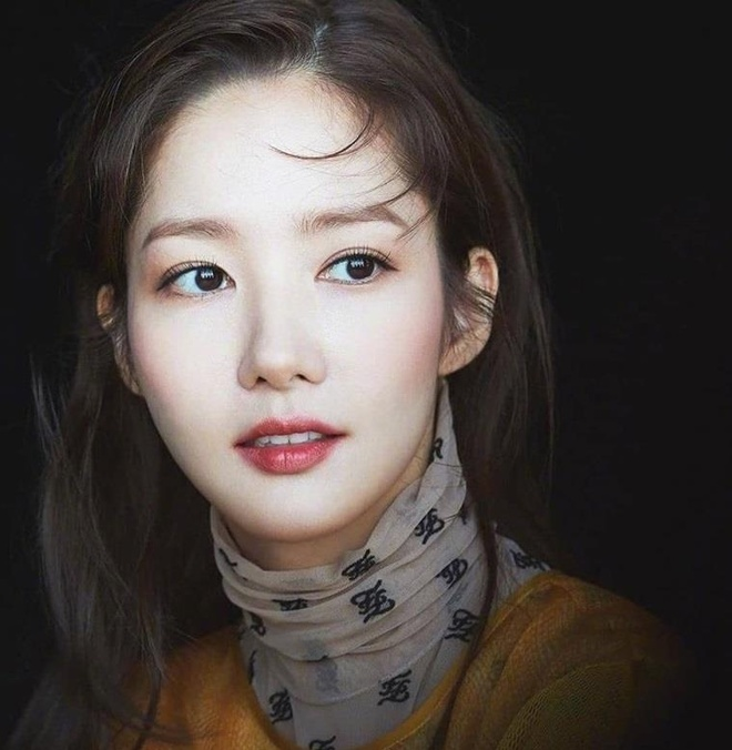 Park Min Young va bi quyet 'don gian nhung co vo' de luon tre dep hinh anh 1