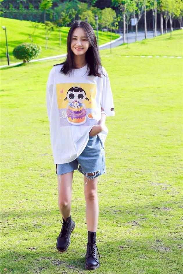 Khong con mac xau, Trinh Sang gio chuong style ngot ngao 'hack tuoi' hinh anh 7