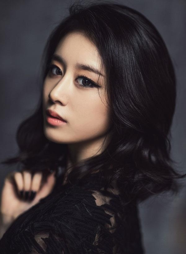Song Hye Kyo bi che trang diem mat meo khong dep nhu sao Han khac hinh anh 5
