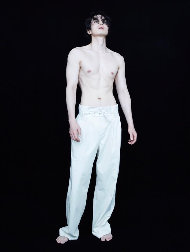 Chup anh ban nude, Lee Dong Wook duoc khen trang min hon sao nu hinh anh 2
