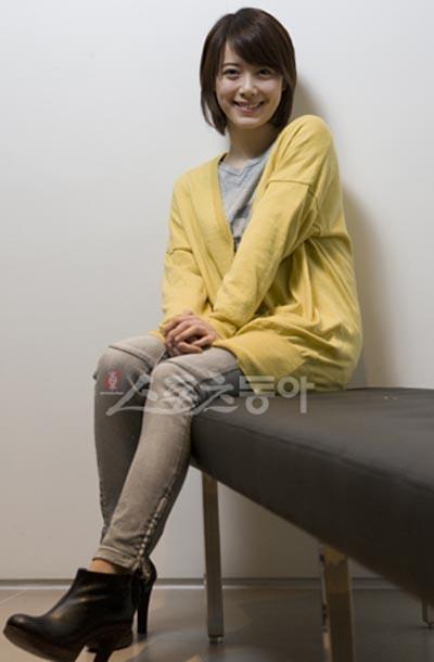 thoi trang cua Goo Hye Sun va Ahn Jae Hyun anh 5