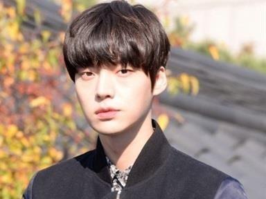 Su nghiep nguoi mau cua Ahn Jae Hyun ra sao truoc scandal ly hon? hinh anh