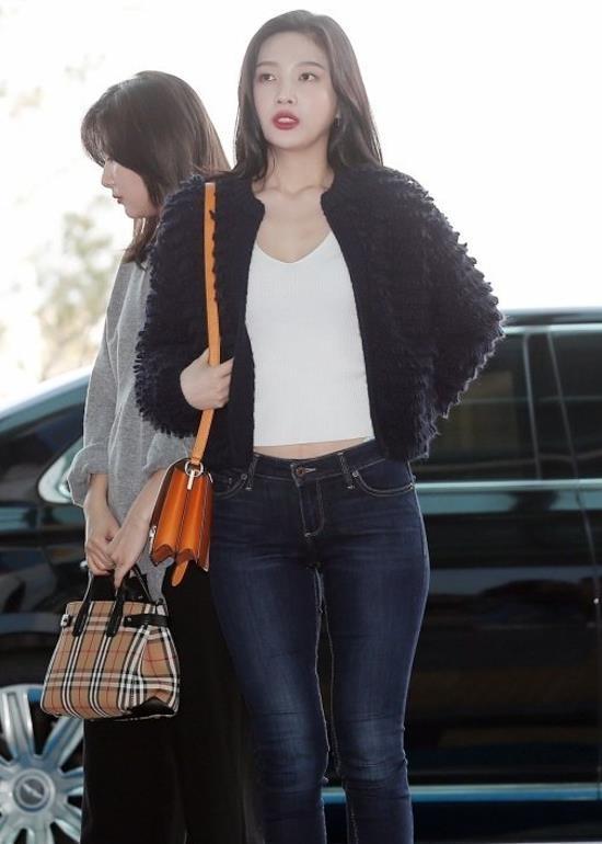Joy (Red Velvet) va loat my nhan Han chung minh cao mac gi cung dep hinh anh 2