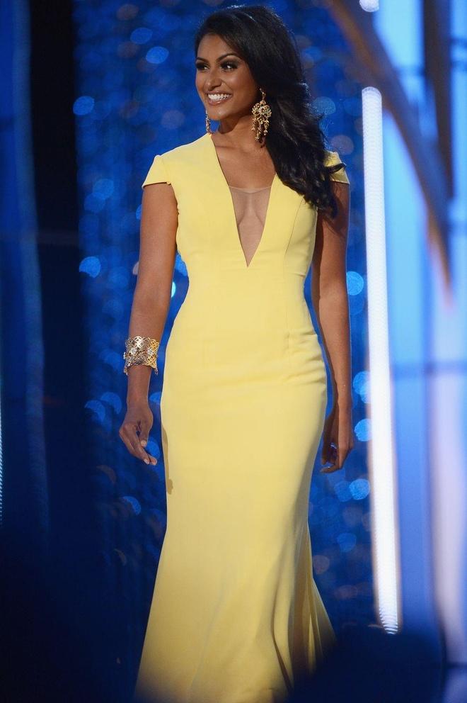 10 bo vay da hoi dep nhat Miss America tu nam 2010 den nay hinh anh 6