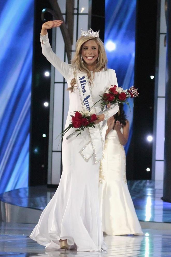 vay da hoi dep nhat Miss America anh 7