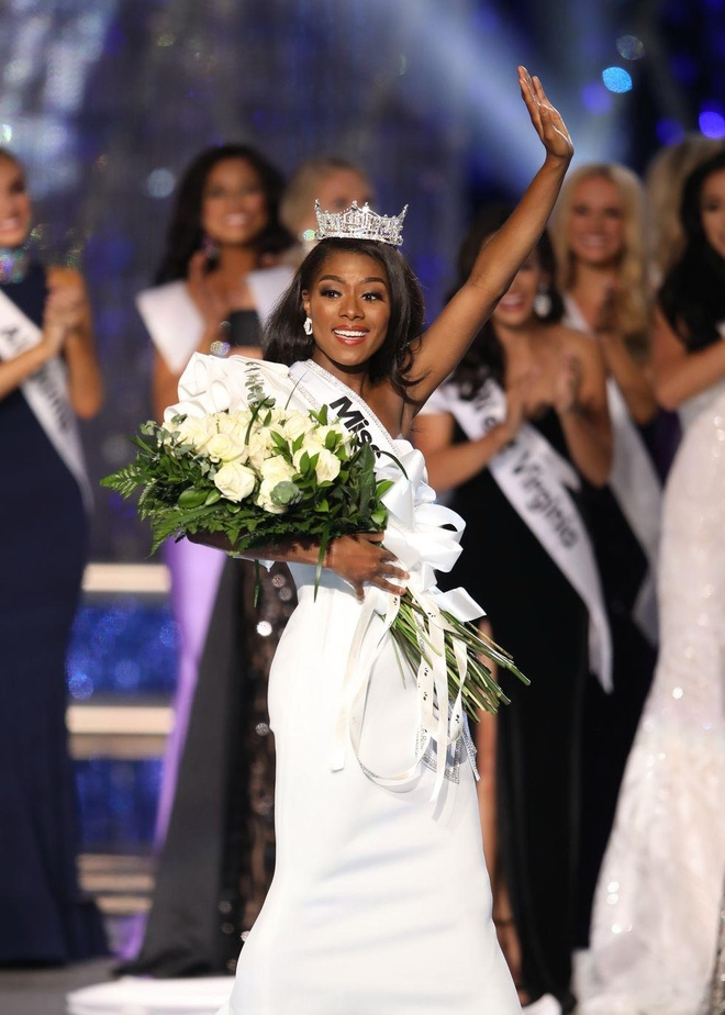 vay da hoi dep nhat Miss America anh 11