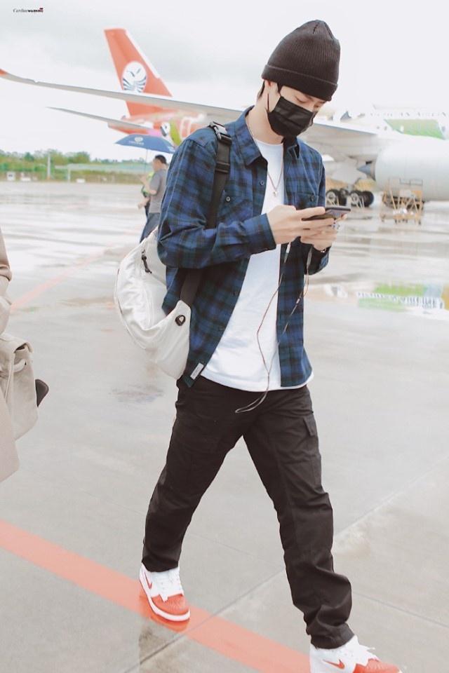 Tieu Chien an mac gon gang, Vuong Nhat Bac chuong do hip hop hinh anh 9