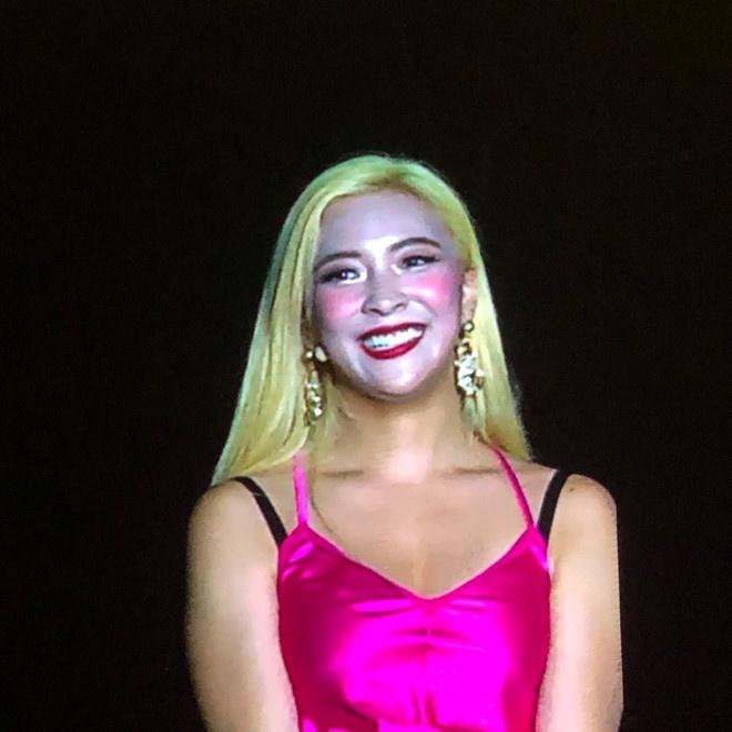 Luna va dan sao Han bong dung tro thanh tham hoa make up hinh anh 11
