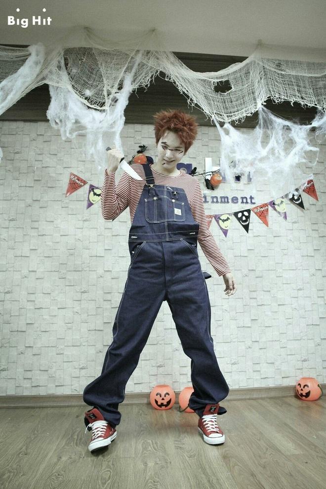 trang phuc Halloween an tuong cua idol Han anh 4