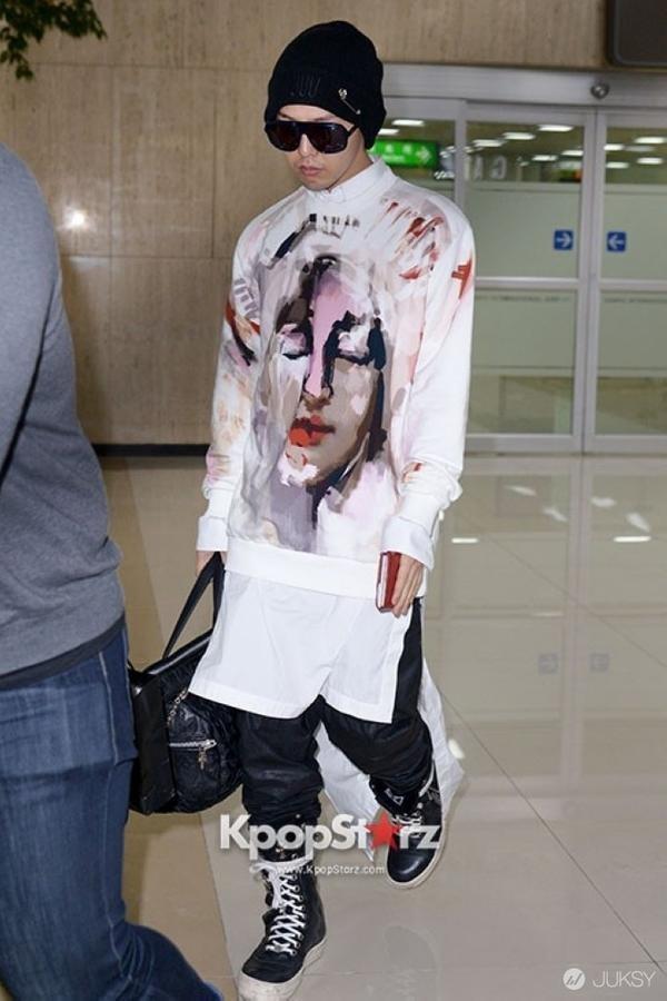 G-Dragon mac vay anh 4