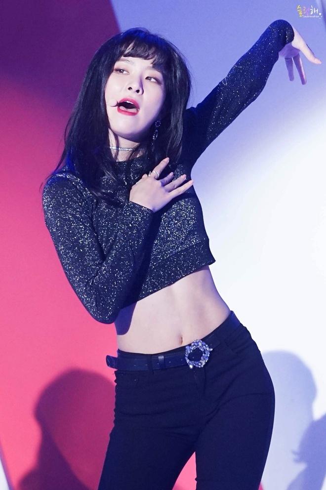 Red Velvet chi uong nuoc bi ngo, nhay day 10.000 lan de giam can hinh anh 13