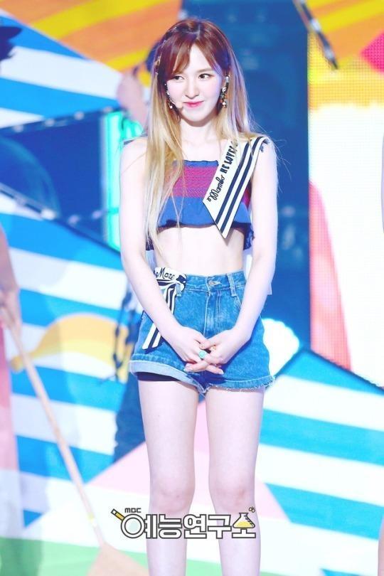 Red Velvet chi uong nuoc bi ngo, nhay day 10.000 lan de giam can hinh anh 5