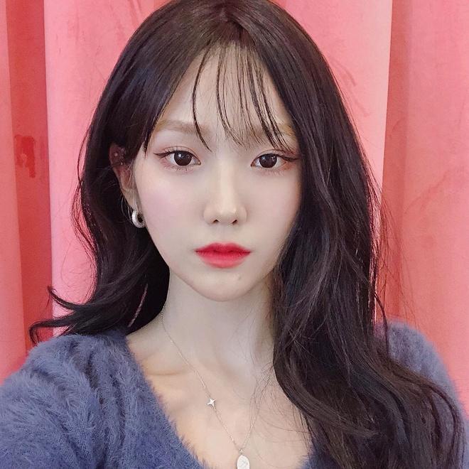 Hot girl Han co kha nang trang diem giong Irene, Jennie hinh anh 7