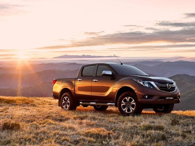 Mazda gioi thieu BT-50 ban cai tien canh tranh voi Ranger hinh anh
