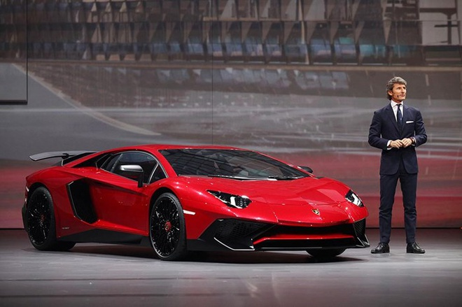 Nam 2015 nhieu bien dong cua Lamborghini hinh anh